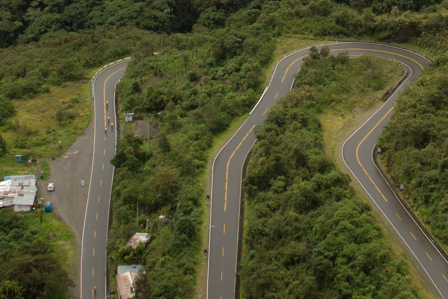 biking downhill inka jungle tour