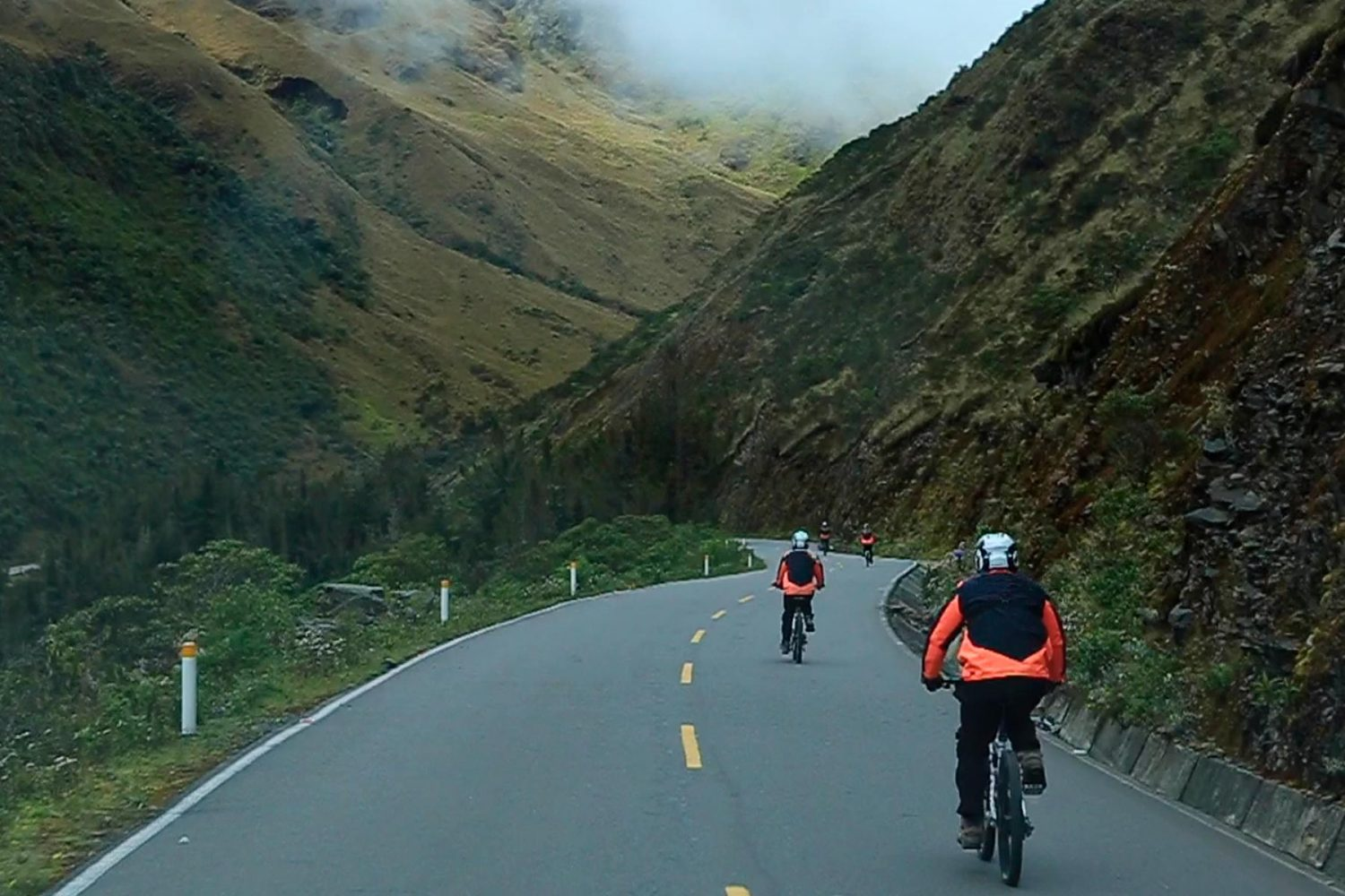 Biking tour Cusco