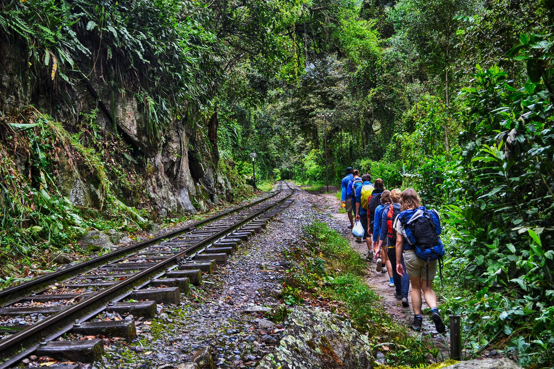 Trekking Hidroelectrica Aguas Calientes
