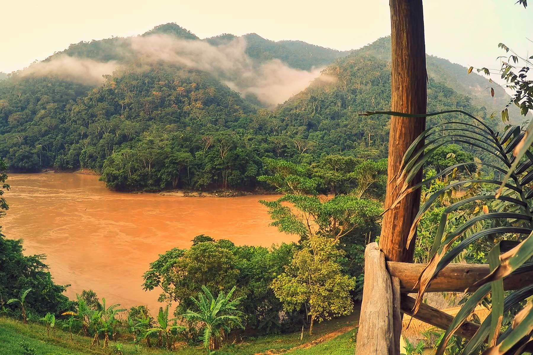Tarapoto paisaje del río